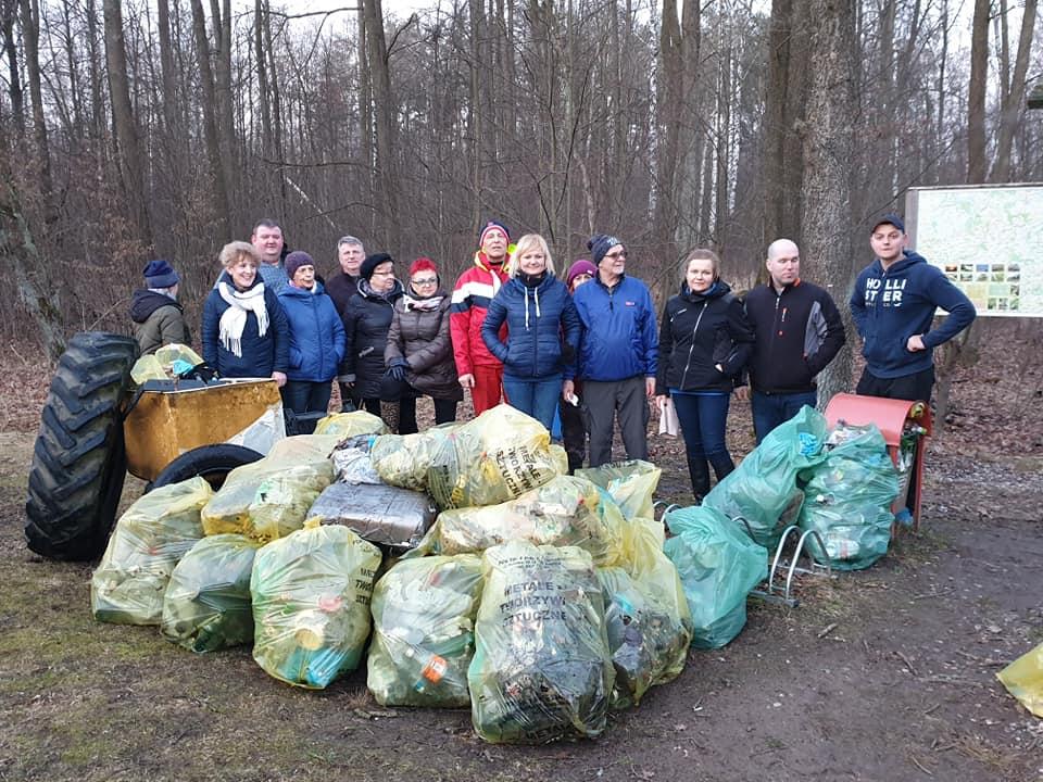 Sprzątanie lasu - Grabówka 2019